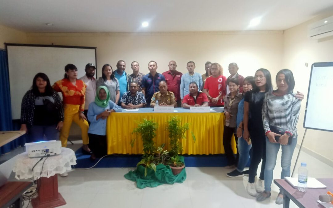 "OPSI dan Paralegal PBHKP Sorong Melakukan Kegiatan ""local Symposium on the implementation of Low and regulation related HIV/AIDS"